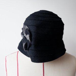 🐝100% Wool Cloche Hat